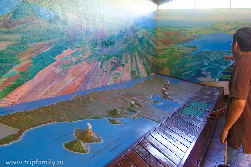 Здесь же карта Никарагуа, с обозначенными вулканами на ней.